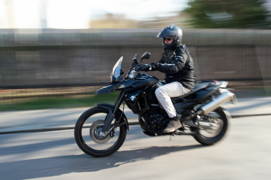 Jugendlicher klaut Motorrad und liefert sich wilde Verfolgungsjagd mit der Polizei