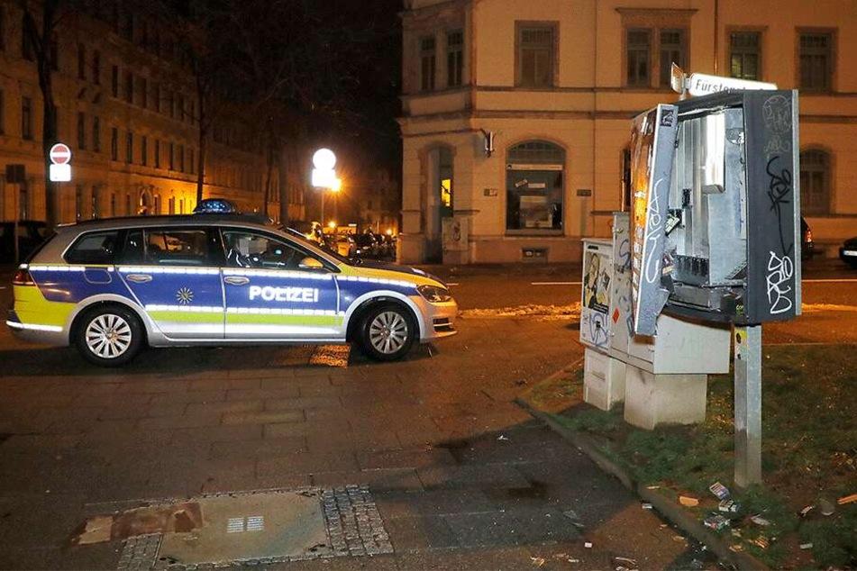Der Tatort auf dem Sonnenberg: Hier sprengten die Unbekannten diesen Automaten.