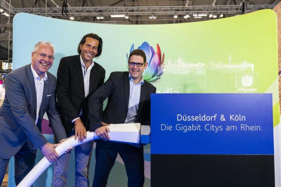 Peter Adelskamp, Digitalisierungsbeauftragter Düsseldorf; Lutz Schüler, CEO Unitymedia; Thomas Rossbach, Breitband-Beauftragter der Stadt Köln