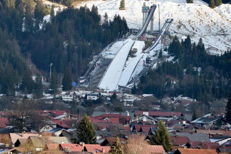 Die Vierschanzentournee beginnt am Wochenende in Oberstdorf in Bayern. (Archivbild)