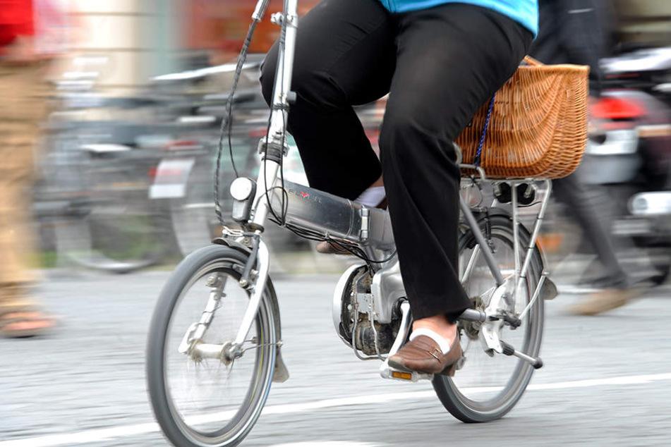 Die 57-jährige Frau leidet immer noch an den Folgen des Unfalls. (Symbolbild)