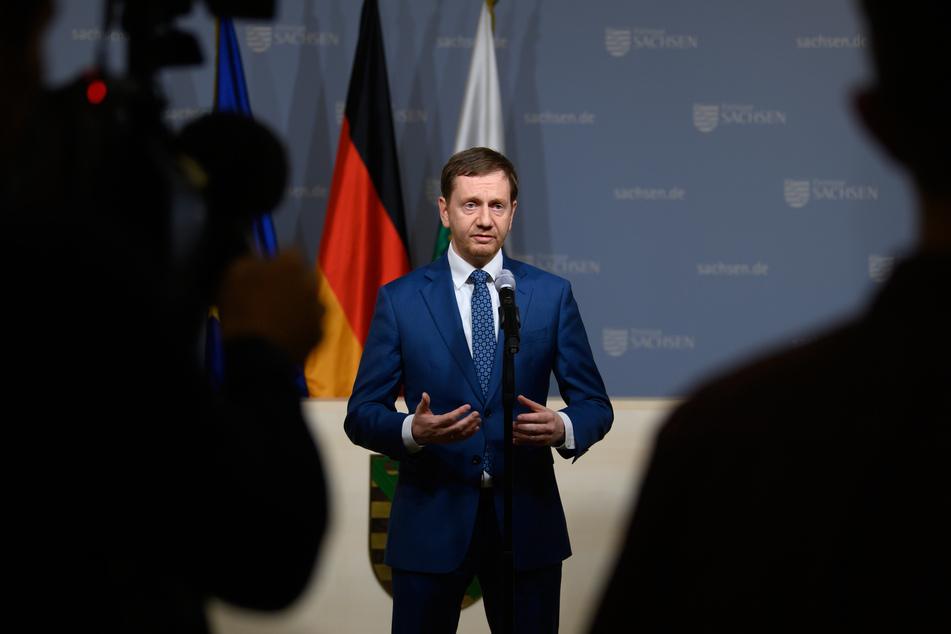 Michael Kretschmer (45, CDU), Ministerpräsident von Sachsen, hat Fehler bei der Bewältigung der Corona-Krise im Freistaat eingeräumt.