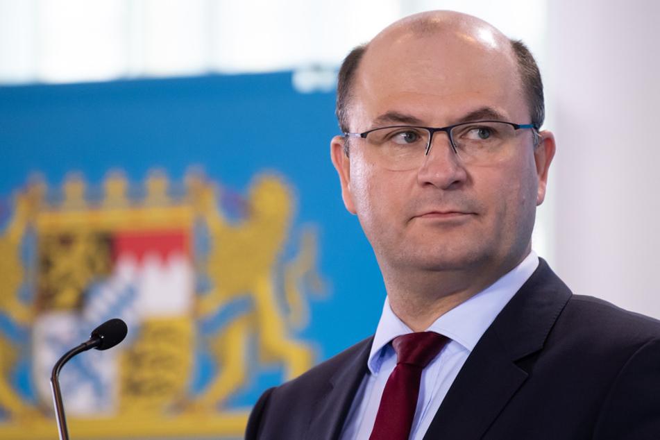 Finanzminister Albert Füracker (CSU) will am Freitag die Steuerschätzungen erläutern. (Archiv)