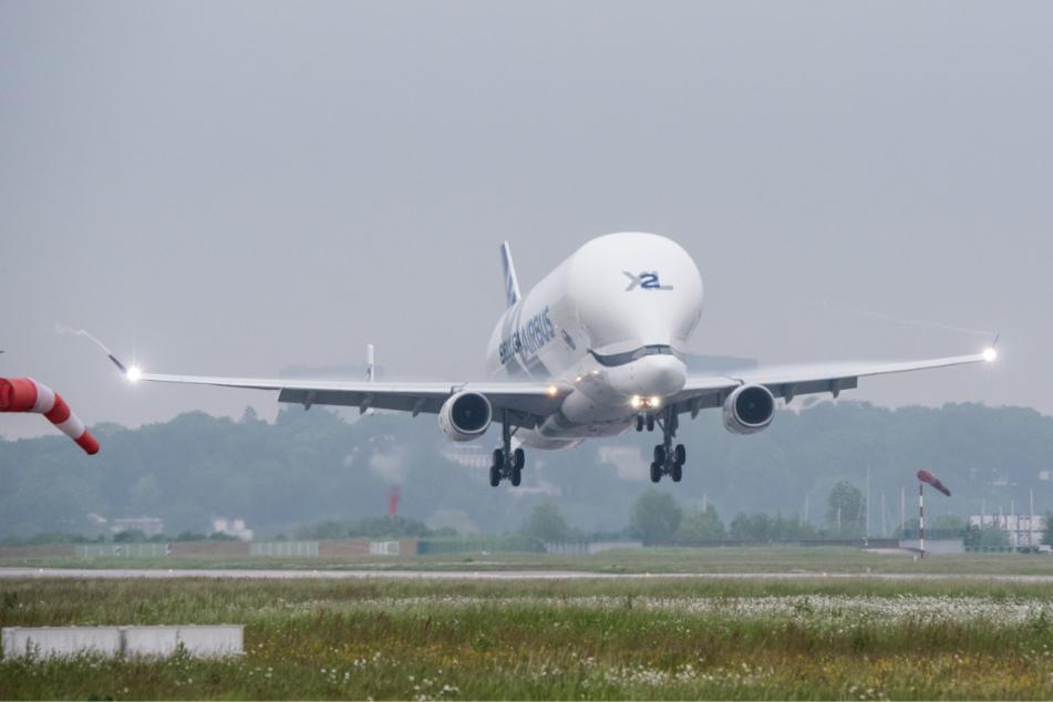 In jedem Fall ist eines sicher: Es heben derzeit kaum noch Flugzeuge ab (Symbolbild).