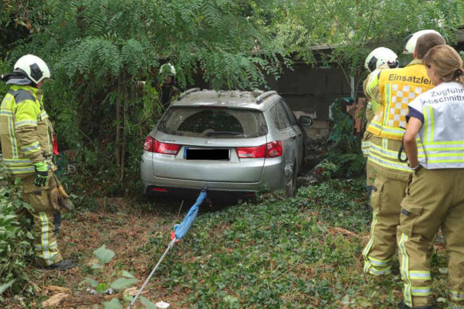 Ende einer Crashtour: Im Sommer landete der Honda in einer Garagenmauer.