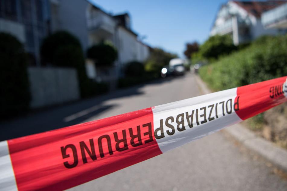 Die Polizei untersucht den Fund einer Toten in Esens.