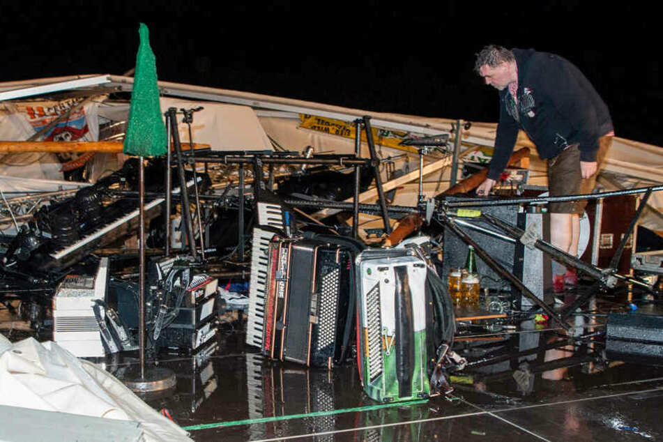 Bild der Zerstörung: Mindestens 50 Menschen wurden bei dem Einsturz verletzt.
