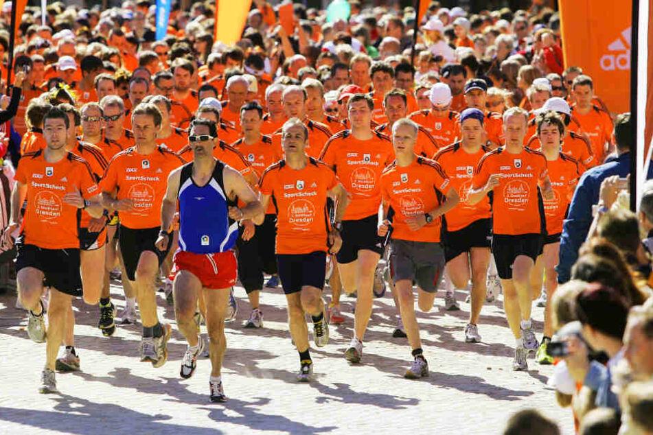 Am Sonntag bringen die Läufer des SportScheck Stadtlaufs den Verkehr zum Erliegen.