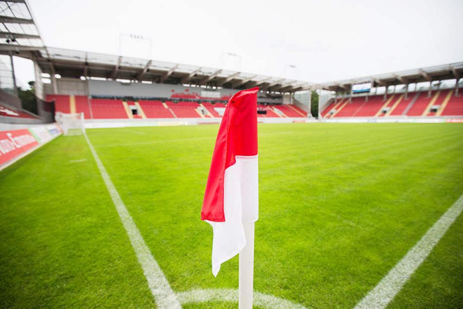 Blick in das Sparda-Bank-Hessen-Stadion in Offenbach