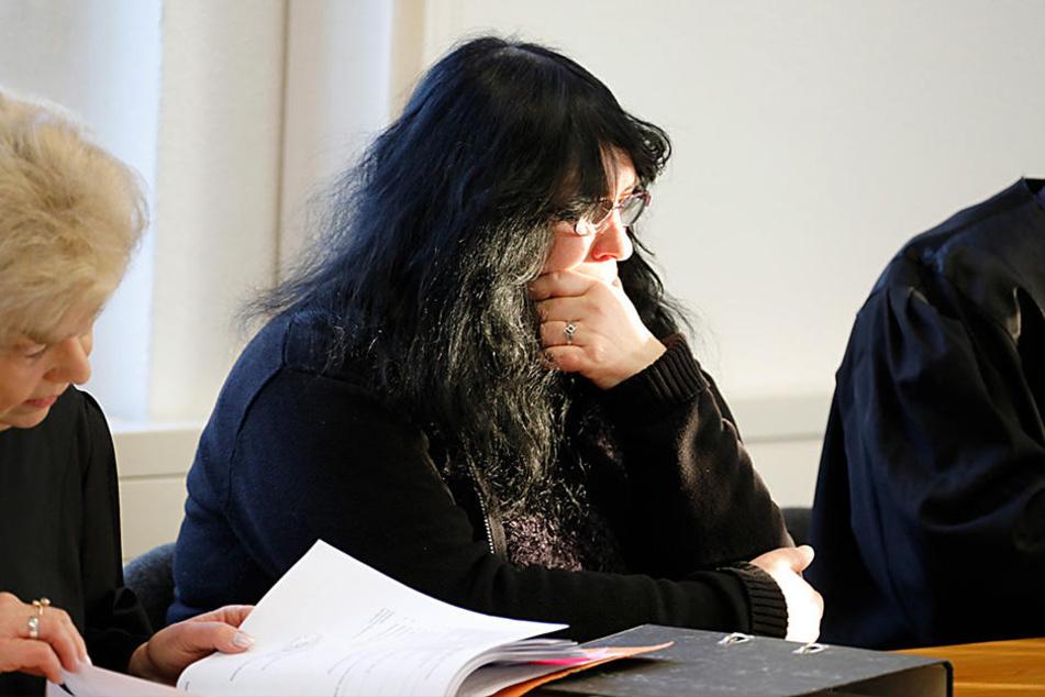 Opfer Verena B. (52) am Montag im Landgericht.