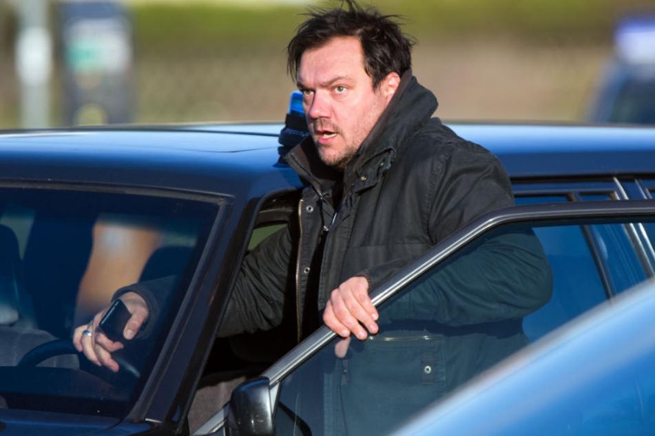"""Heute deckt der Schauspieler bei """"Polizeiruf 110"""" selbst Verbrechen auf."""