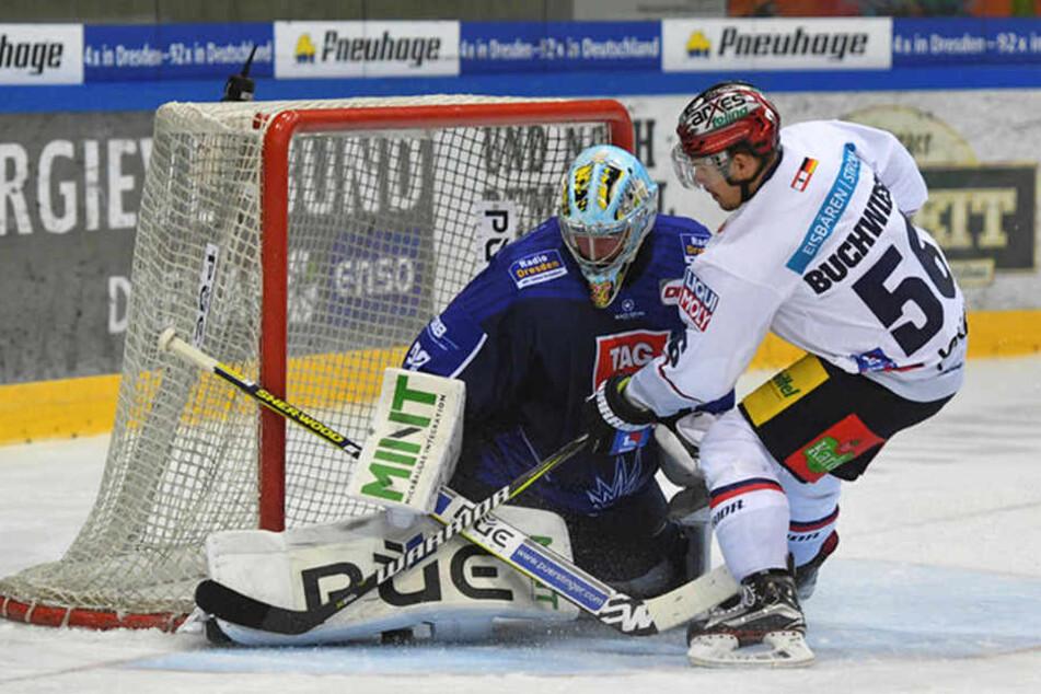 Eislöwen-Keeper Sebastian Stefaniszin konnte den zwischenzeitlichen 0:2-Rückstand verhindern.