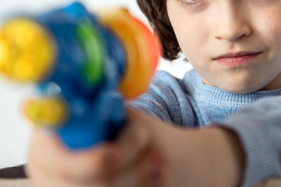 Brüder wollten Handy rauben Maskierte Grundschüler lösen Polizei-Großeinsatz aus