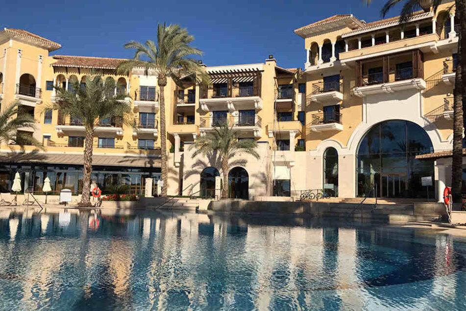 Ein Hauch von Urlaub und Luxus: Der FC Erzgebirge ist im Hotel International Mar Menor Golf Resort abgestiegen.