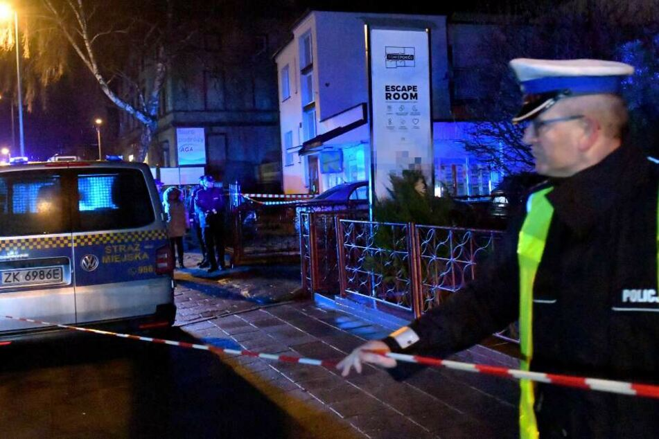 """Fünf 15-jährige Mädchen waren bei dem Brand in einem """"Escape Room"""" im polnischen Koszalin gestorben."""