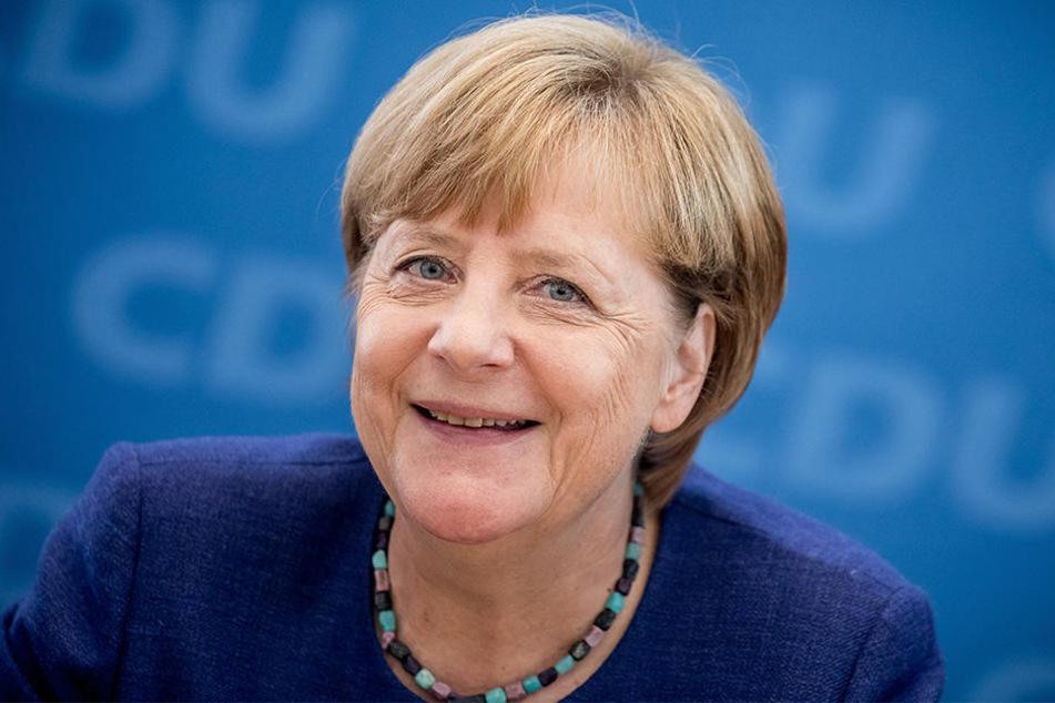 Angela Merkel (CDU/63) stellt sich am Mittwoch den Fragen von vier YouTubern.