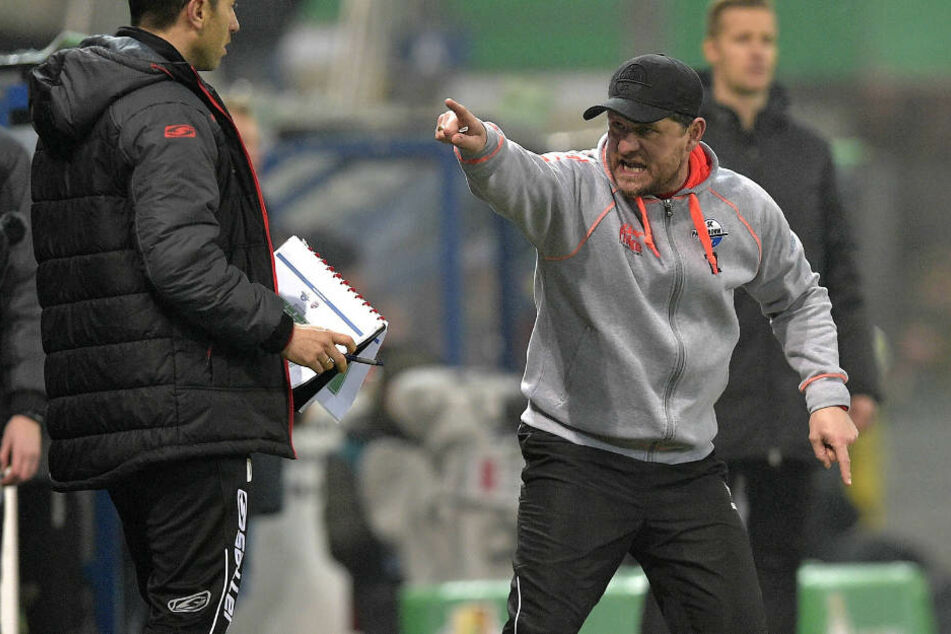 Laut Steffen Baumgart (46 re.) spielte der Chemnitzer FC bisher unter Wert.