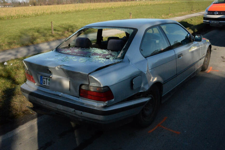 Der BMW-Fahrer wollte nach links abbiegen.