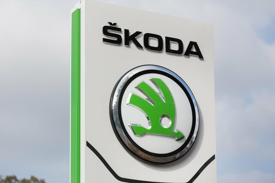 Auch Skoda stoppt seine Produktion vorübergehend.