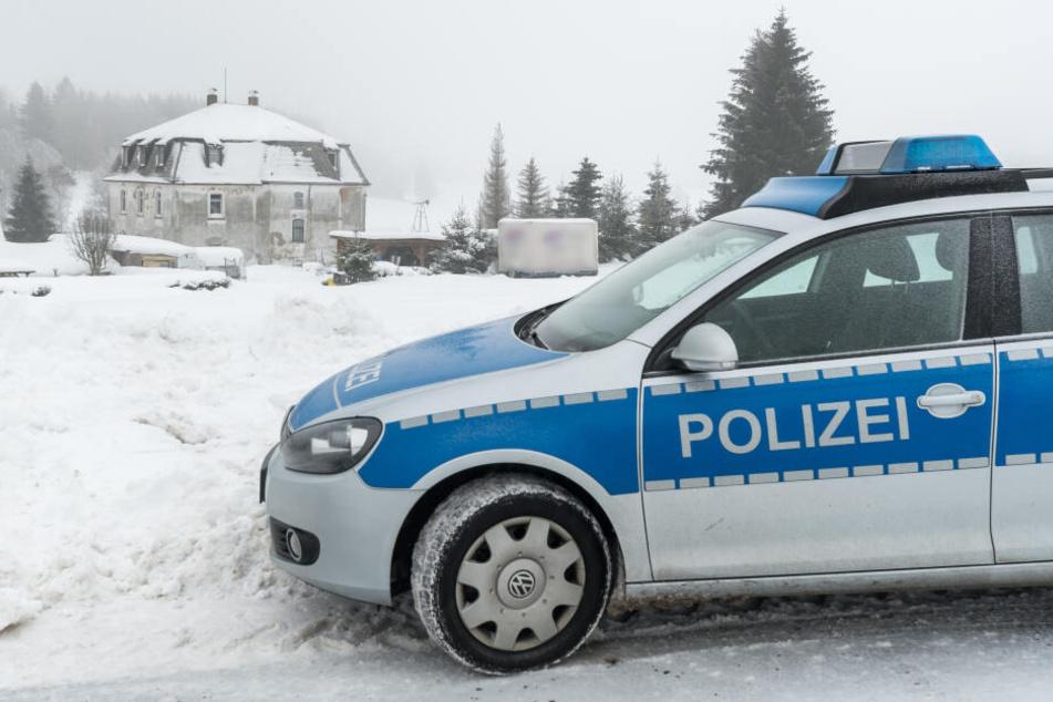 Die Polizei ermittelte gegen den Mann wegen des Verdachts der Tierquälerei. (Archivbild)