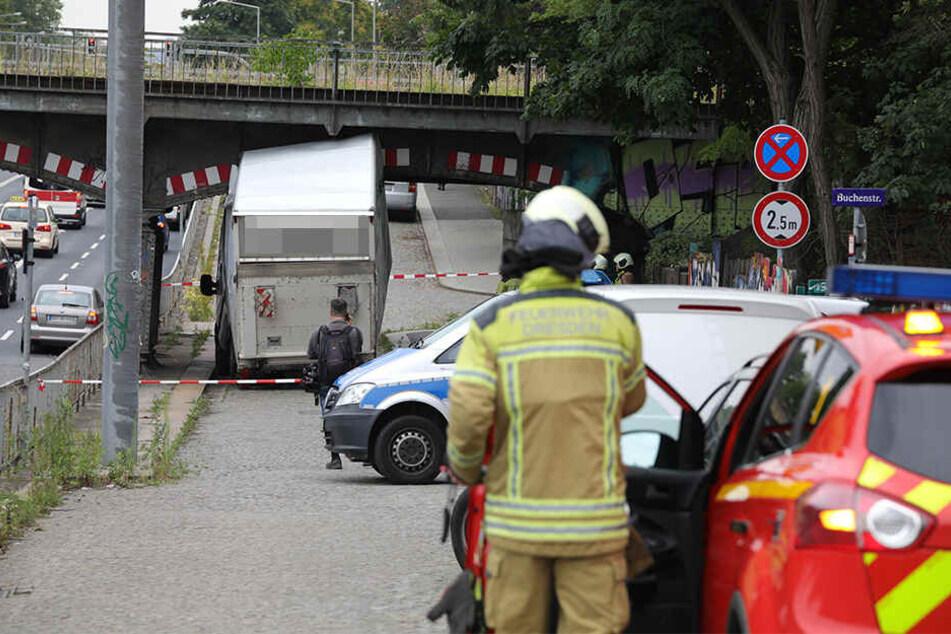Feuerwehr und Polizei stehen vor einem Rätsel.