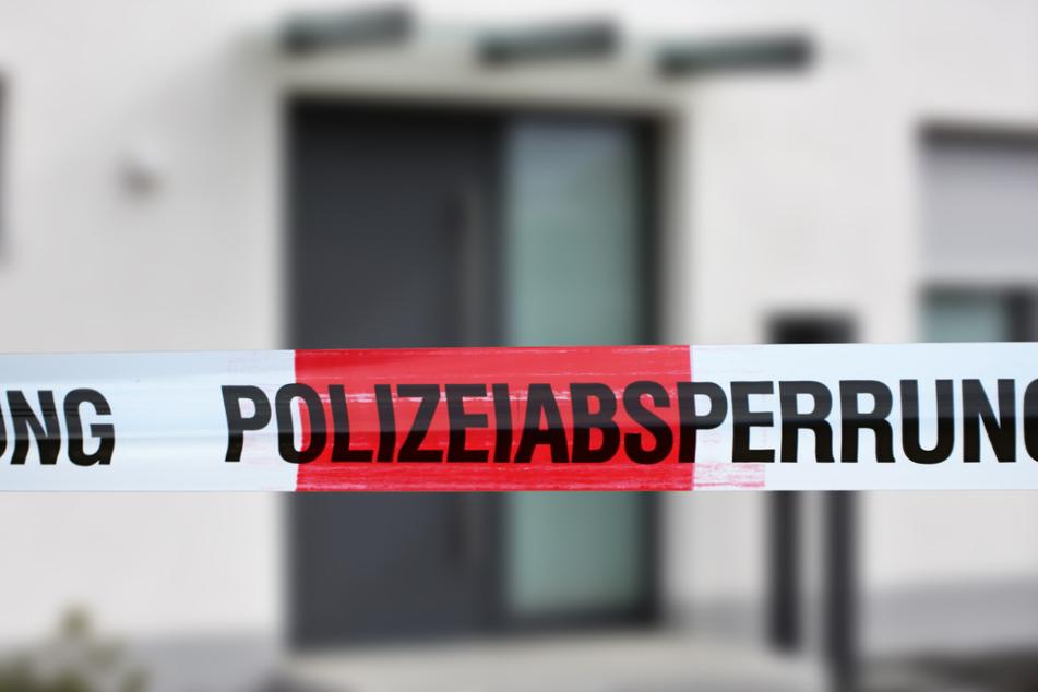 Die Ermittlung der Polizei im Werra-Meißner-Kreis dauern an. Auch der Tatort wird weiter untersucht. (Symbolbild)