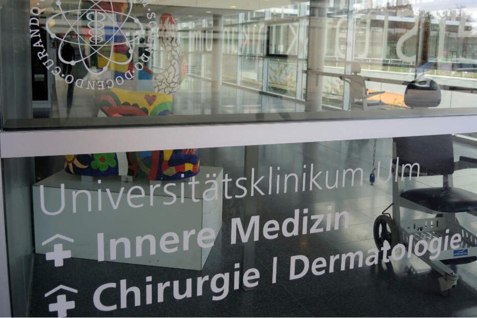 Eingangsbereich der Universitätsklinik Ulm.