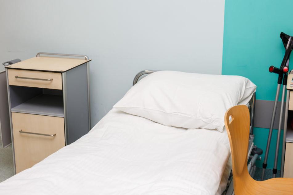 Die Seniorin war im Mai 2018 in einem Solinger Pflegeheim vergewaltigt worden (Symbolbild).