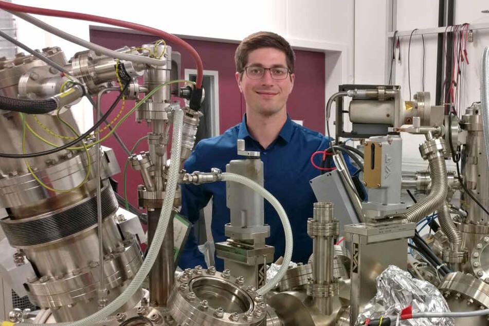 Johannes Aprojanz (28) promoviert an der TU Chemnitz - und trifft demnächst Nobelpreisträger.