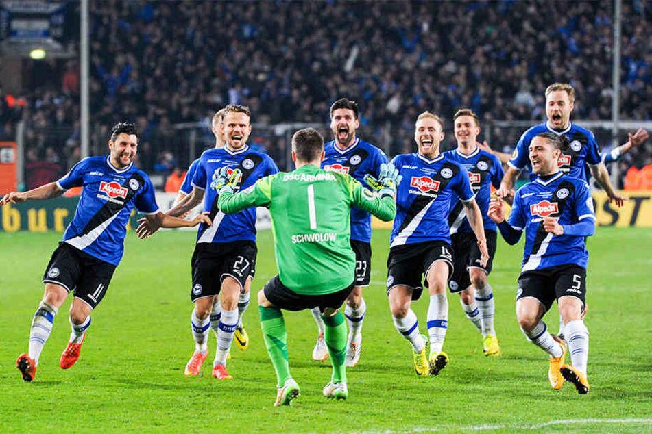 Im DFB-Pokal-Viertelfinale 2014/2015 konnte Arminia die Gladbacher im Elfmeterschießen bezwingen.