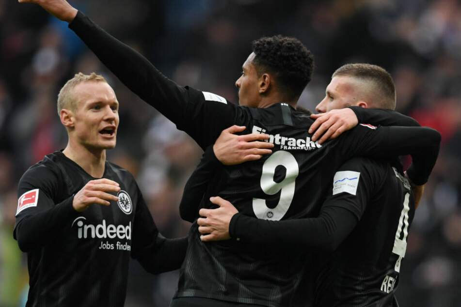 Jubelt die Eintracht auch gegen den VfB?