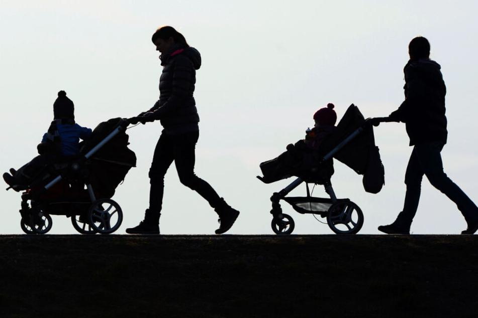 Widerlich! Sex-Täter attackiert Muttis mit ihren Kindern