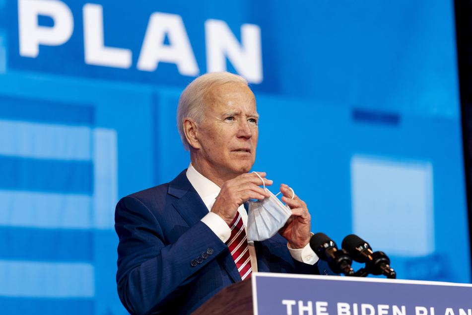 Joe Biden, der demokratische Präsidentschaftskandidat und ehemalige Vizepräsident, spricht im Queen-Theater über die Coronavirus-Pandemie.
