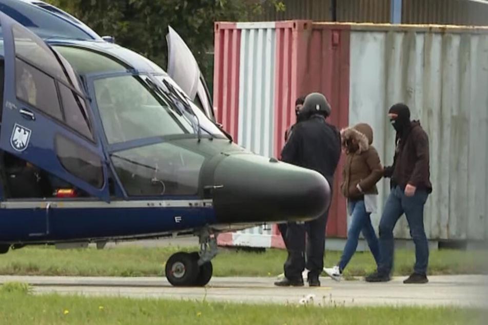 Witwe von IS-Terrorist Denis Cuspert bleibt in U-Haft!