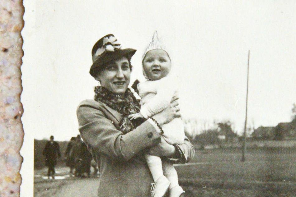 Um 1943: Lisbeth mit Sohnemann Dietrich (damals 4).