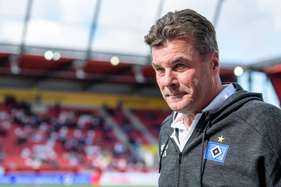 HSV-Trainer Dieter Hecking gibt sich bescheiden.