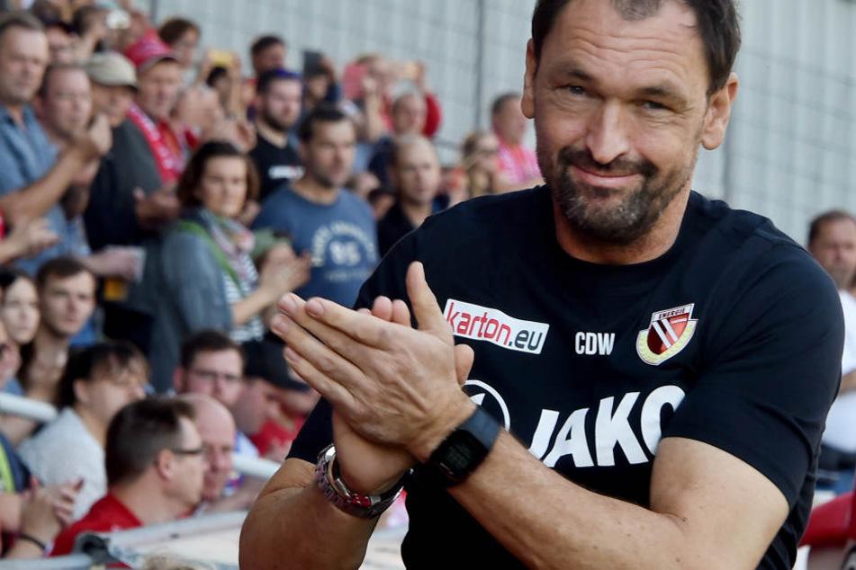 Claus-Dieter Wollitz reist am Samstag zum Ex-Verein VfL Osnabrück.