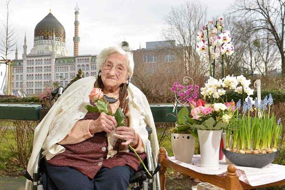 Alles Gute und viel Gesundheit! Lisbeth Exner feierte gerade erst ihren 107. Geburtstag. Im DRK-Seniorenheim fühlt sich Dresdens älteste Bewohnerin wohl.