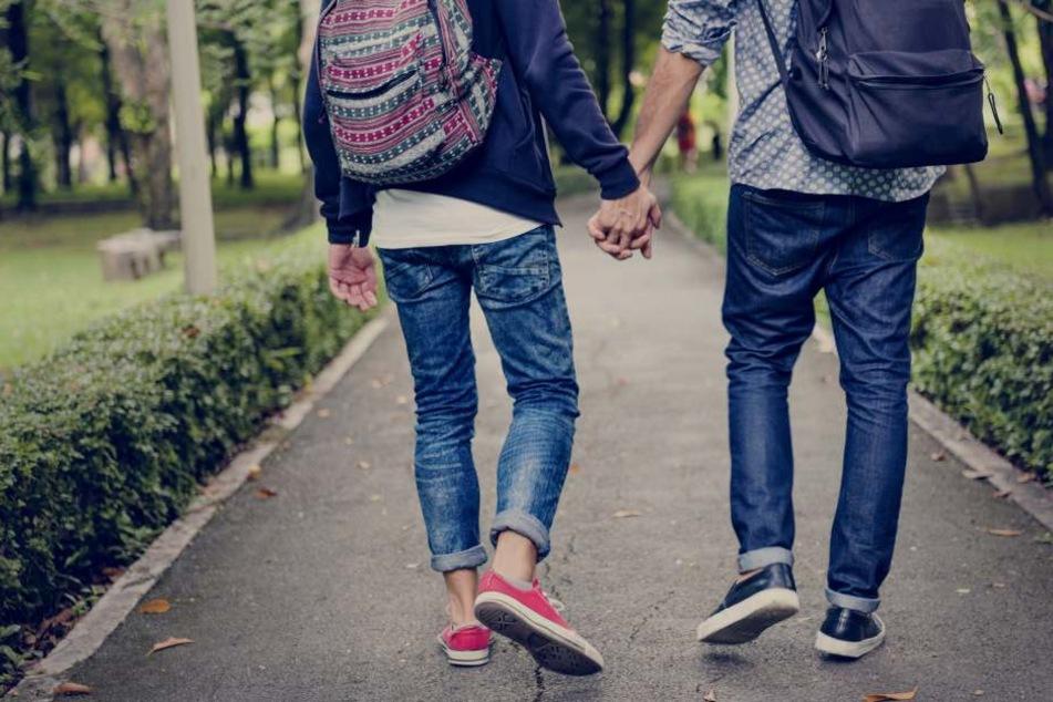Ein homosexuelles Paar wurde am 8. März in Berlin attackiert (Symbolbild).