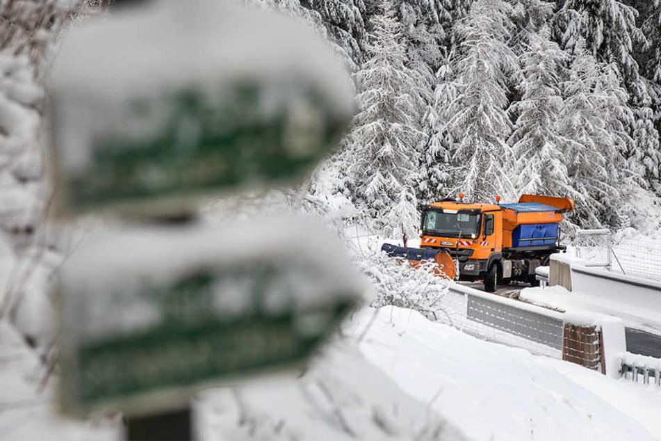 Der Winterdienst hat nicht nur in Deutschland alle Hände voll zu tun.