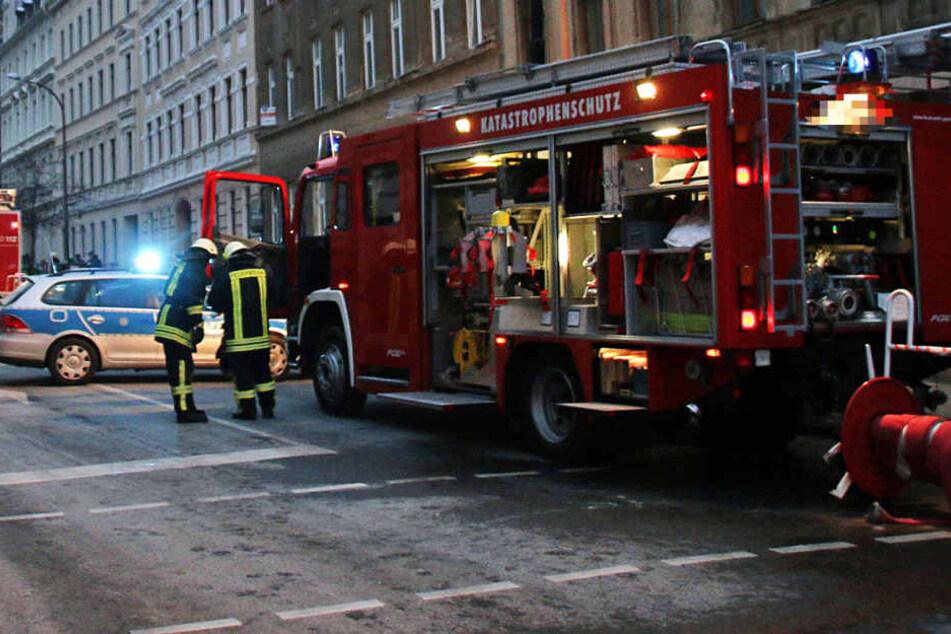 23 Einsatzkräfte rückten an, um das Feuer zu löschen. (Symbolbild)