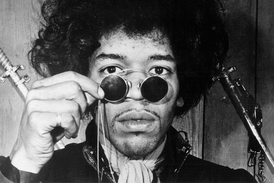 Die undatierte Aufnahme zeigt den Musiker Jimi Hendrix, der als LSD-Anhänger galt.