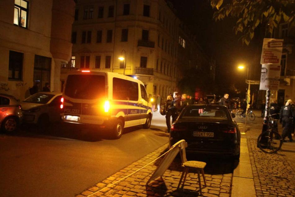 Die Abschiebung der fünfköpfigen Familie wurde von rund 60 Polizisten abgesichert.