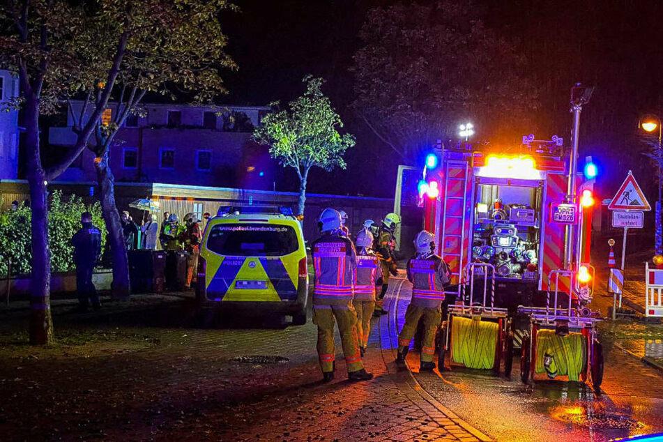 Am Dienstagabend wurde auf den Dienstwagen des Neuruppiner Bürgermeisters Jens-Peter Golde (65) ein Brandanschlag verübt.