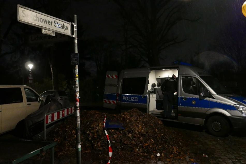 Verfolgungsfahrt in Neukölln endet mit Unfall im Schillerkiez: Mehrere Polizisten verletzt