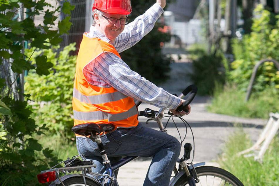 Josef Jenni (63), Chef der Solartank-Firma, will auf dem Fahrrad zurück in  seine Schweizer Heimat.