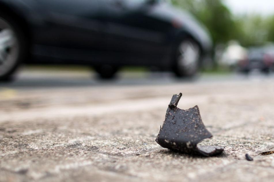Am Daimler entstand ein Schaden in Höhe von 2500 Euro. (Symbolbild)