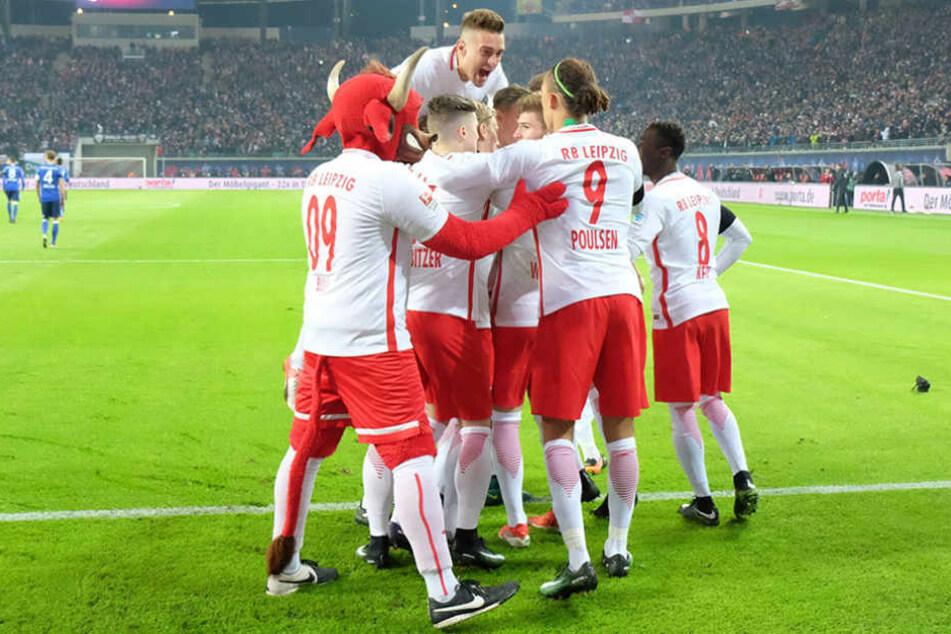 Jubel bei den Leipzigern: Schon nach zwei Minuten gingen die Roten Bullen das erste mal in Führung.