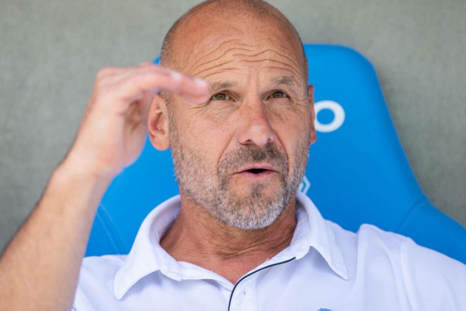 Vor dem Pokalspiel gegen die Eintracht gibt sich Waldhof-Coach Bernhard Trares sehr selbstbewusst.
