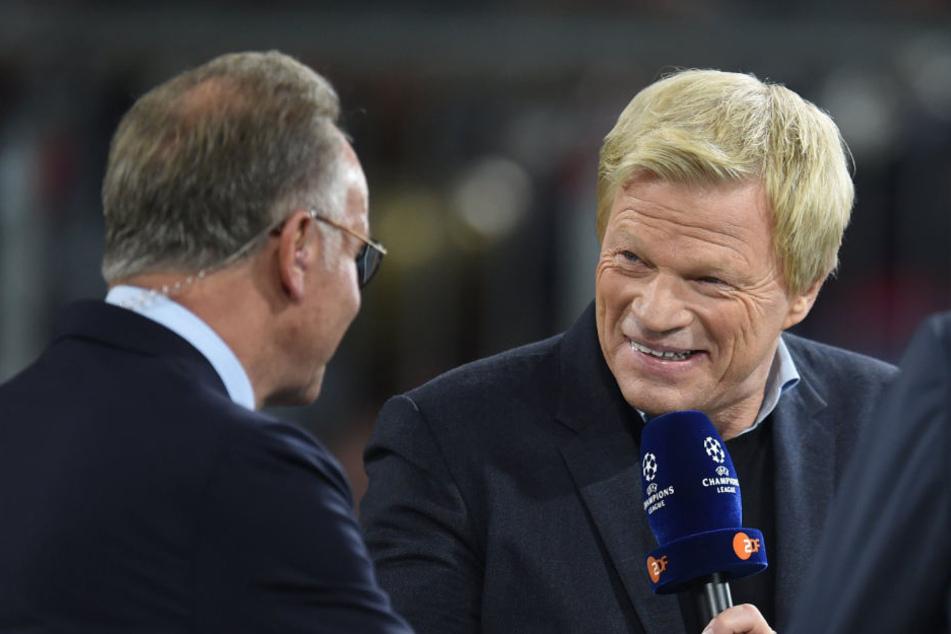Oliver Kahn (r) könnte nach Karl-Heinz Rummenigges Abschied ins operative Geschäft beim FC Bayern einsteigen.